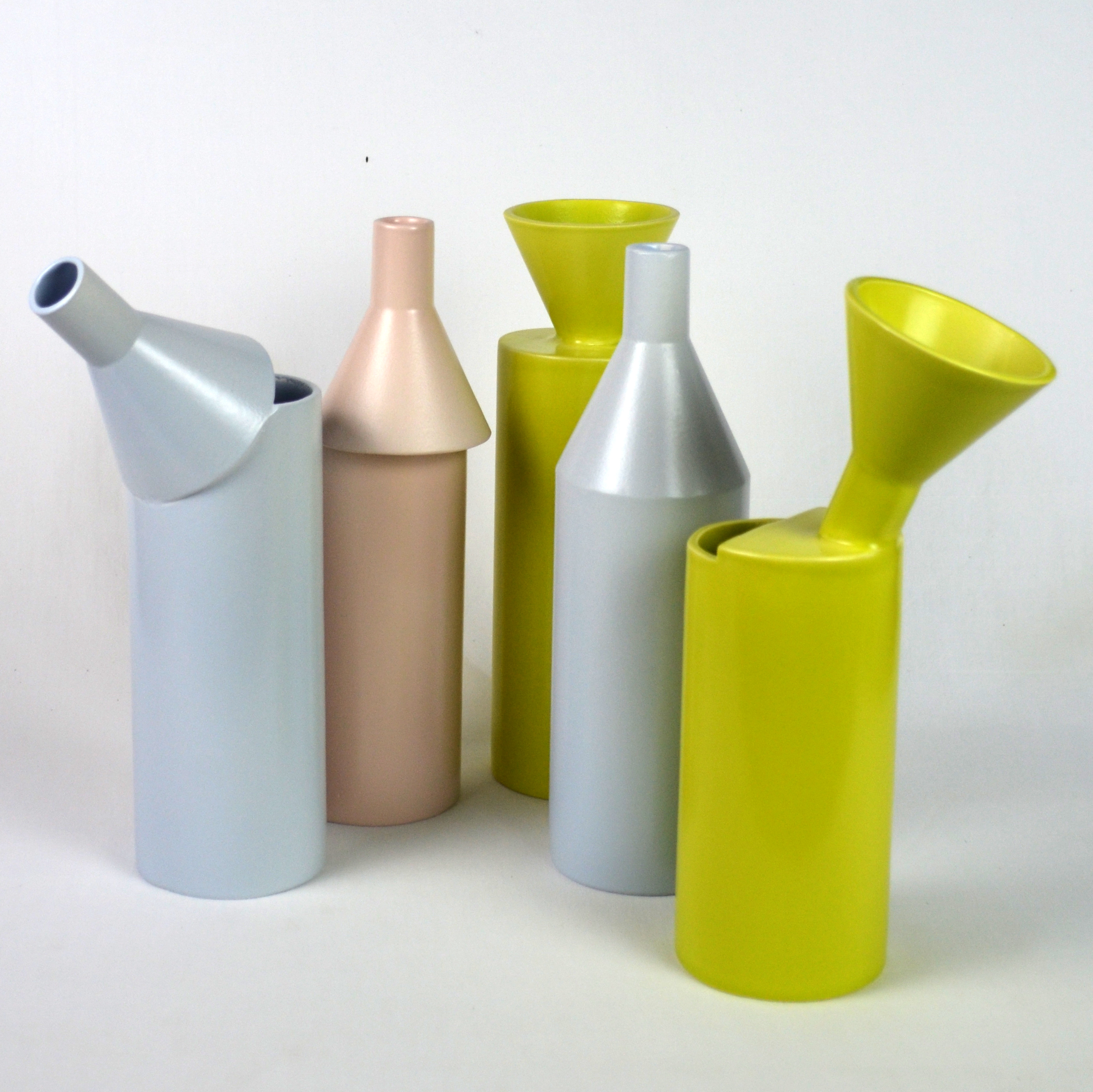 carafe-design-ceramique-contemporaine-faience